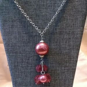 Jewelry - Silver tone chain with pink beaded drop